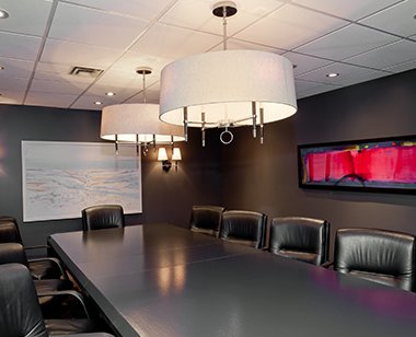 Meeting room with hanging lamp