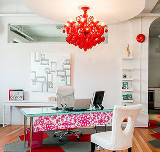 Fashionable Reception Desk with Red Chandelier